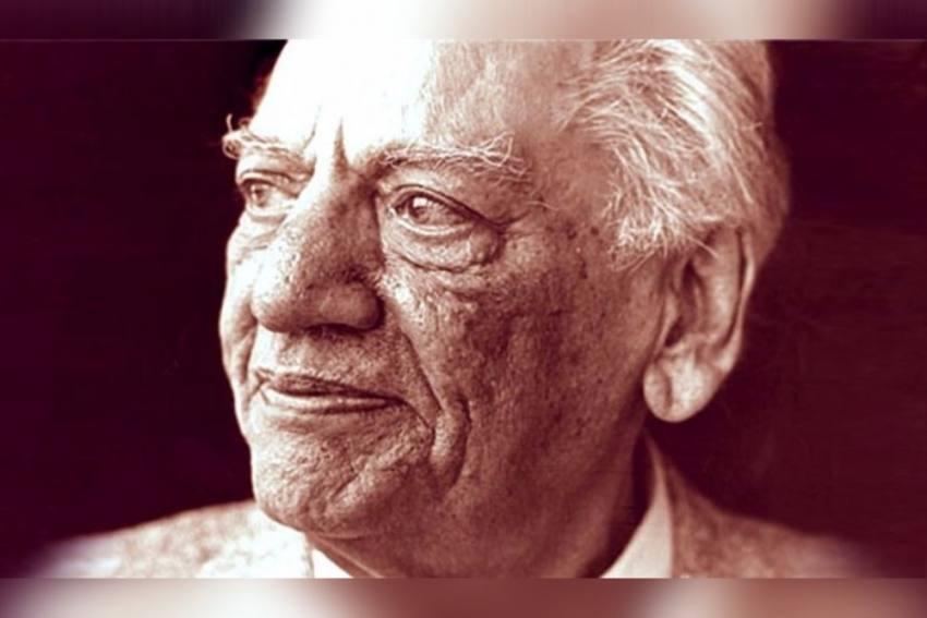 <em>'Lazim Hai Hum Bhi Dekhenge'</em>: IIT-Kanpur Panel To Decide If Faiz's Poem Is Anti-Hindu