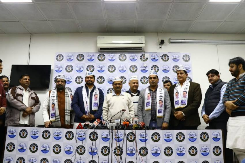 Delhi Congress Leader Ram Singh Netaji, Three Others Join AAP Ahead Of Polls
