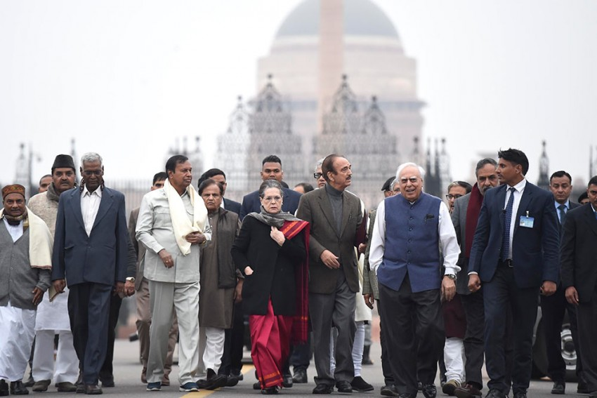 Sonia Gandhi-Led Opposition Meet On CAA-NRC Today; Major Parties, Including Sena, Give It Miss