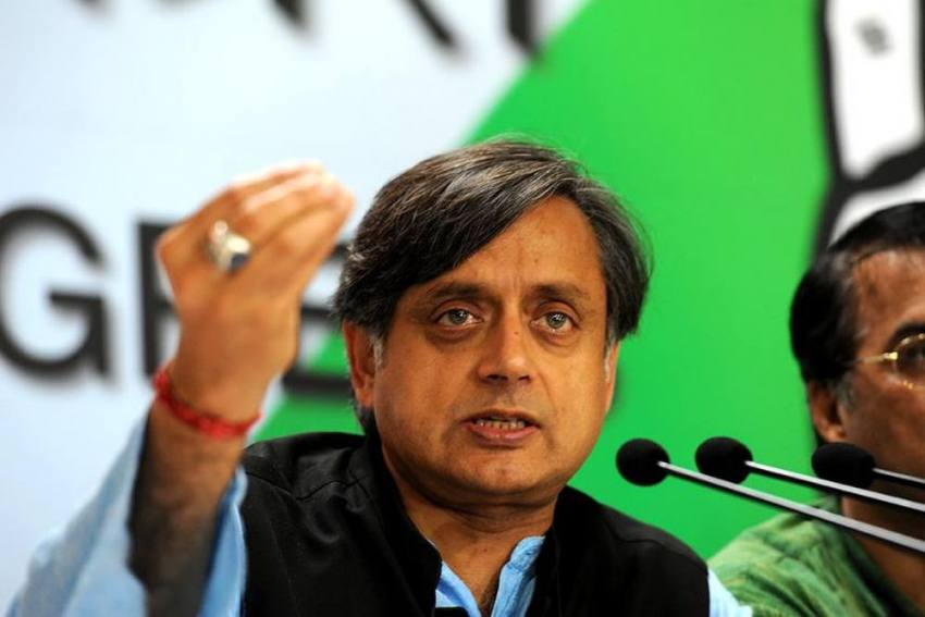 After Comparing Arvind Kejriwal With 'Eunuchs', Shashi Tharoor Apologises, But Misses Key Point