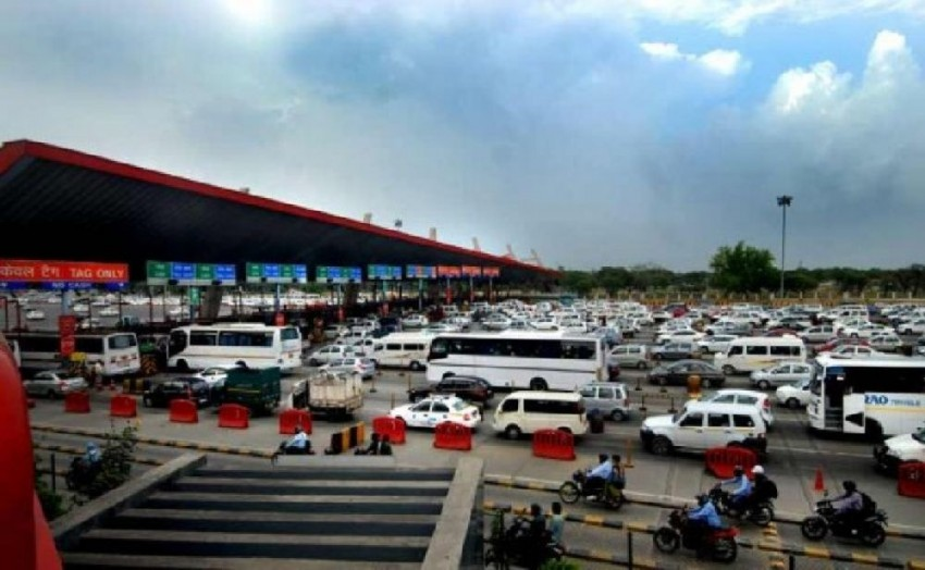 FASTag: Govt Relaxes Norms For 65 High Cash Transaction Toll Plazas For 30 Days