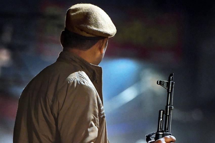 A Symbol Of Mistrust, UP Police Reflects State's Deteriorating Political Landscape