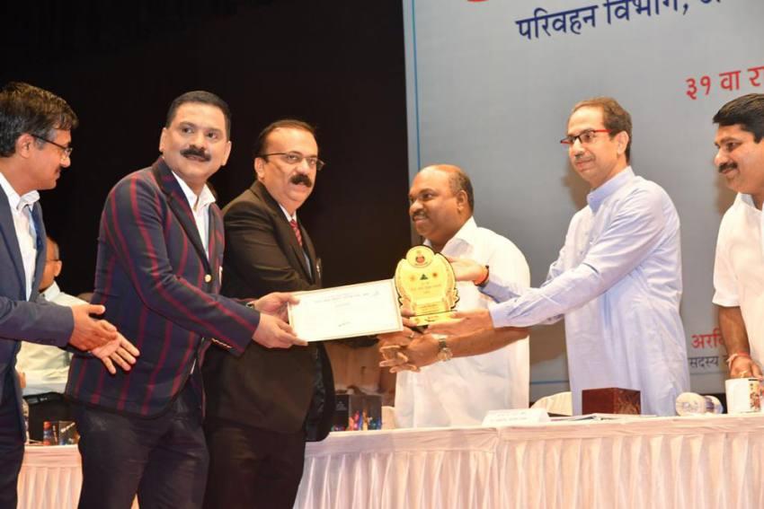 Maharashtra CM Udhav Thakre Fetes Thane RTO Chief Ravi Gailkwad For Road Safety Measures