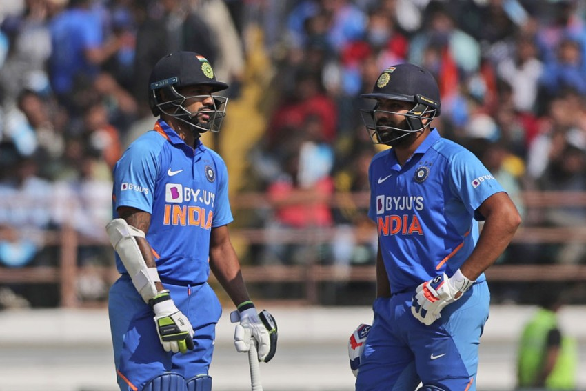 IND Vs AUS, 3rd ODI: Call On Injured Rohit Sharma, Shikhar Dhawan To Be Taken Before The Match
