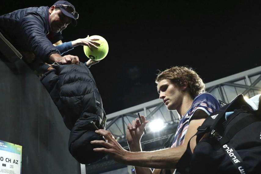 Australia Open Alexander Zverev Pledges Prize Money To