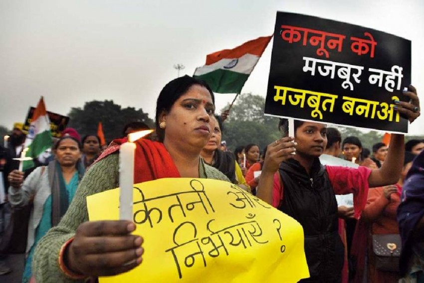 Fresh Twist: Nirbhaya Case Convict Vinay Sharma Claims He Never Filed Mercy Plea, Tihar Says He Did