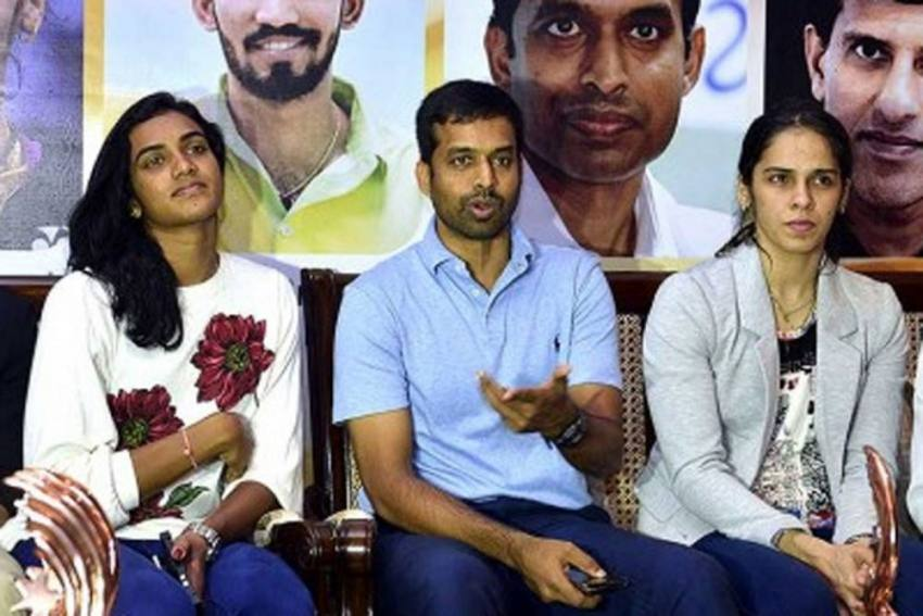 It Was Tough Managing Both Saina Nehwal, PV Sindhu - Admits India's Favourite Coach Pullela Gopichand In Heart-Wrenching Revelation