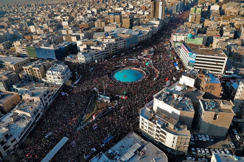 Huge Crowds In Iran Mourn General Soleimani Killed By US Drone