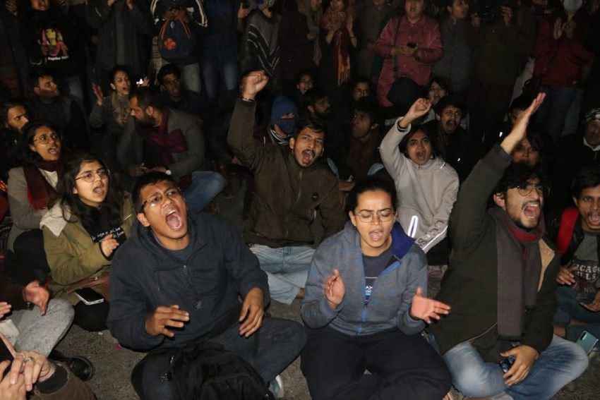 Night After Mob Violence At JNU, Anger Grows Against Varsity VC, Delhi Police For 'Inaction'