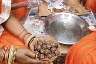 Nutrition Warriors | How Shaikh Razia Turned Mahua Flowers From An Alcoholic Drink To A Health Tonic