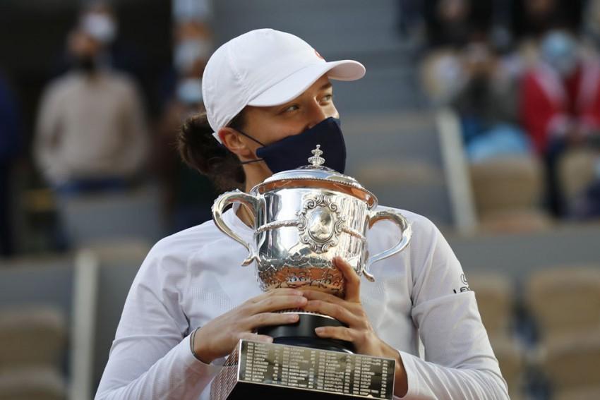 French Open 2020: Teenager Iga Swiatek Thrashes Sofia Kenin To Create History At Roland Garros