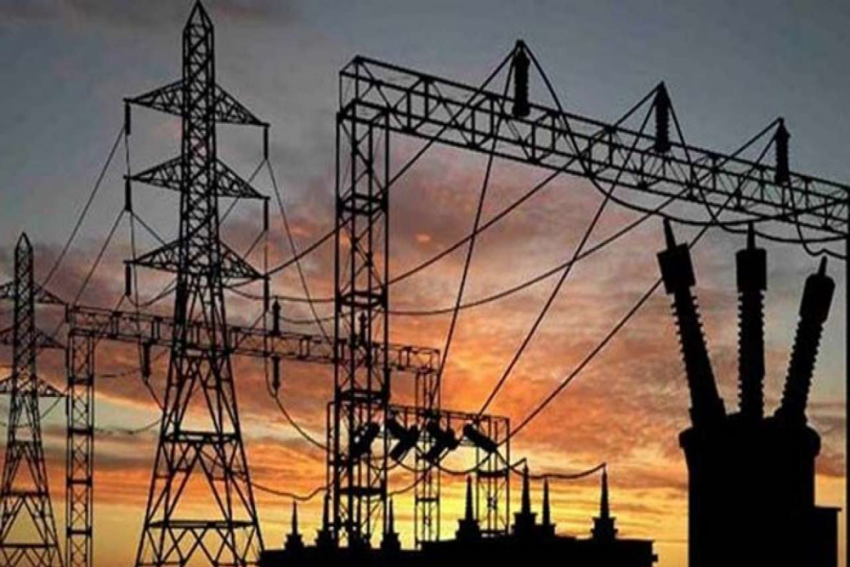 Life Hit In Mumbai After Massive Power Outage Due To Grid Failure, Services Resume Partially