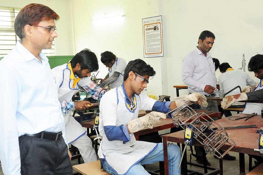 Ranking Mechanism For Vocational Training Institutions Is The Need Of The Hour