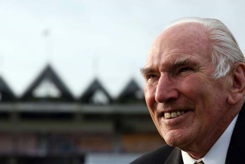 John Reid, New Zealand Cricket Great, Dies At 92