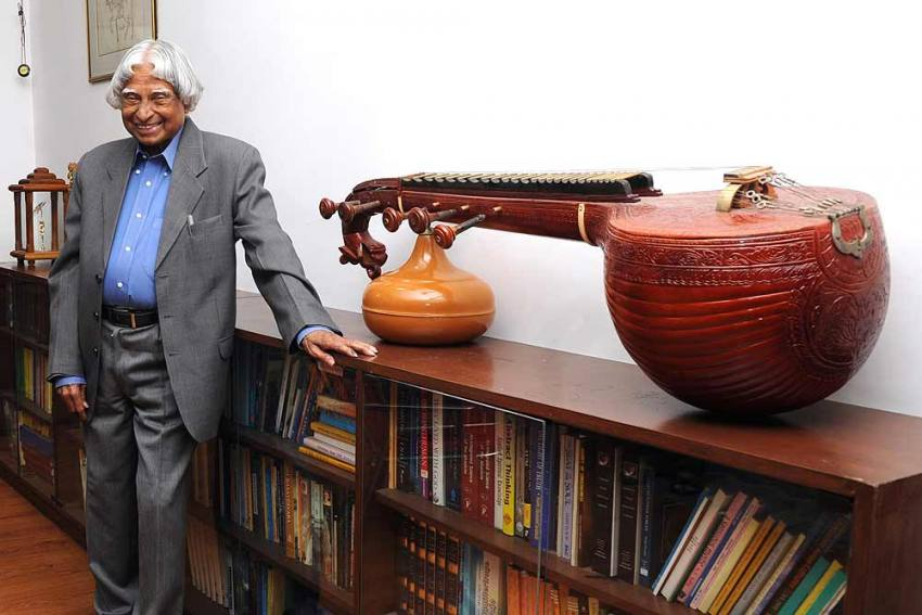 India Wishes Her Beloved President Abdul Kalam On His 89th Birth Anniversary