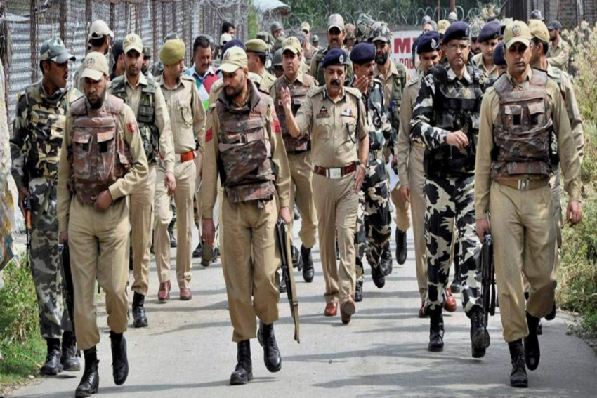 Terrorists Attack Police Officer In Kashmir's Anantnag; Area Cordoned Off