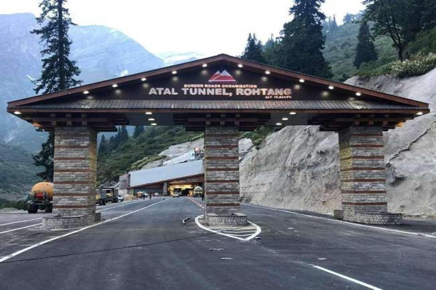 Defence Ministry, Not Me, To Take A Call On Sonia's Plaque At Rohtang Tunnel: CM Jairam Thakur