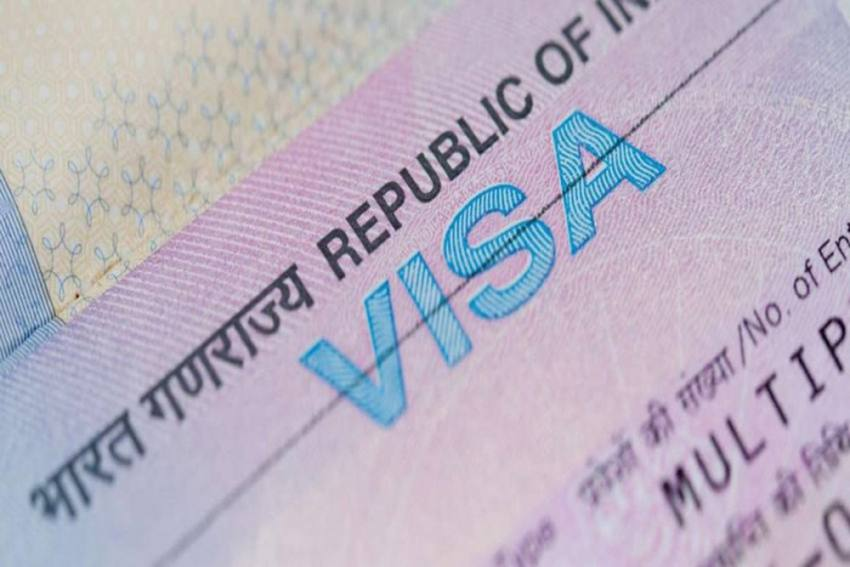Government Eases Visa Curbs; OCI, PIO Card Holders Can Now Visit India