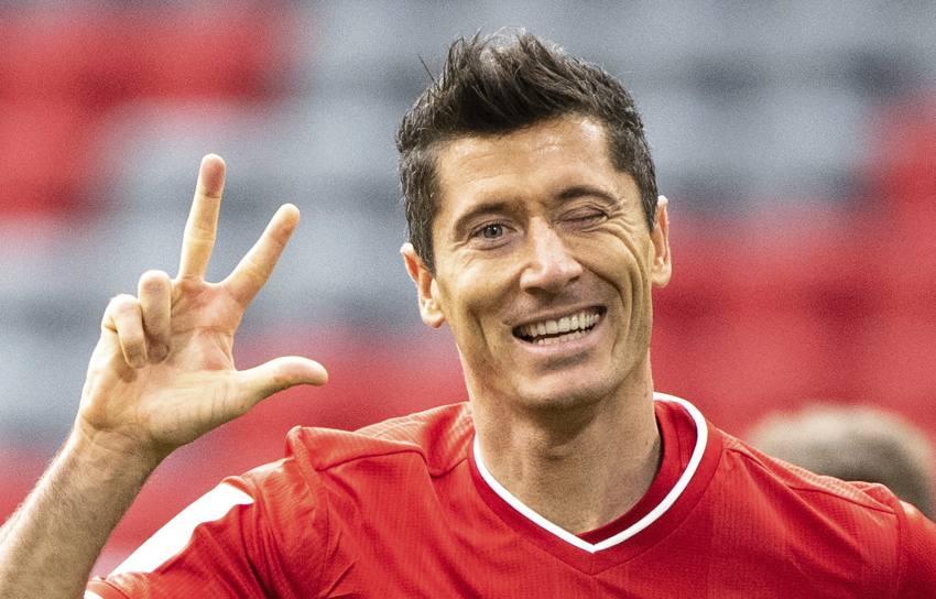 Bayern Munich 5-0 Frankfurt: Lewandowski Hat-Trick And Sane Stunner Clinch Resounding Bundesliga Win