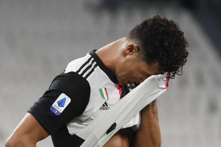 Cristiano Ronaldo Waiting On Coronavirus Test But Remains Unavailable For Juventus