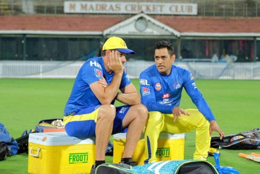 IPL 2020: Stephen Fleming Fumes, Defends Move To Send Kedar Jadhav Ahead Of MS Dhoni
