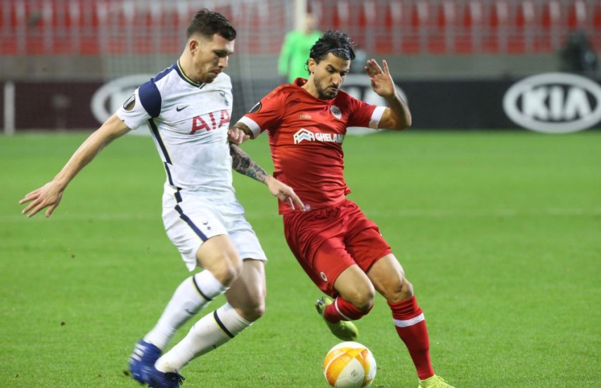 Royal Antwerp 1 0 Tottenham Alli And Bale Hooked As Sloppy Spurs Suffer Setback