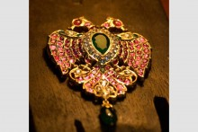 Jewels From Treasury Of Maharaja Ranjit Singh Auctioned In UK