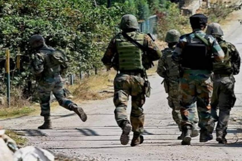 Two CRPF Personnel Killed, Three Injured In Terrorist Attack In South Kashmir's Pampore