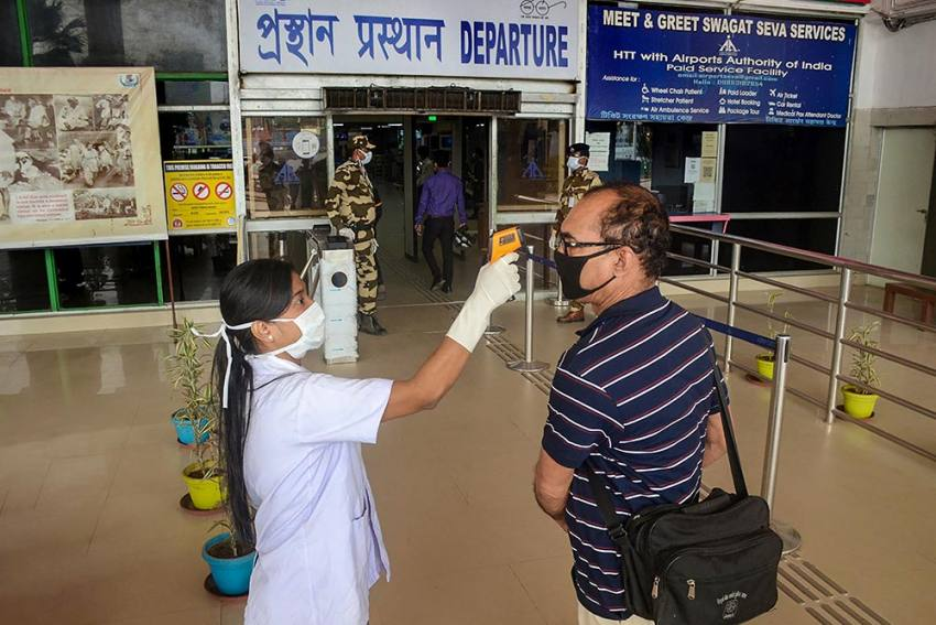 Health Ministry Said 48 Percent Of Total COVID-19 Deaths Are Concentrated In 25 Districts Of 8 States