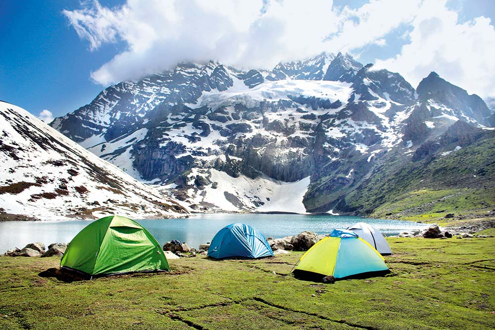 Kashmir On Trek Minus Tourists