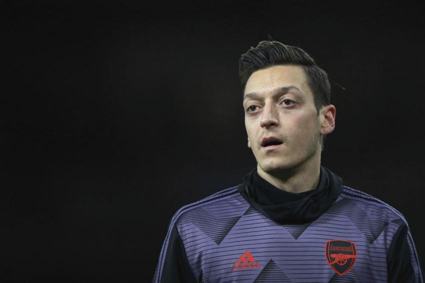 Thomas Partey In Arsenal's Europa League Squad, But No Mesut Ozil