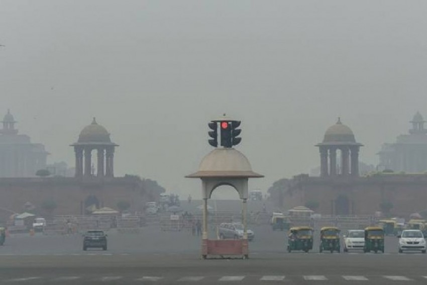 As Stubble Burning Begins, Delhi Air Quality Gets 'Poor' For The First Time This Season