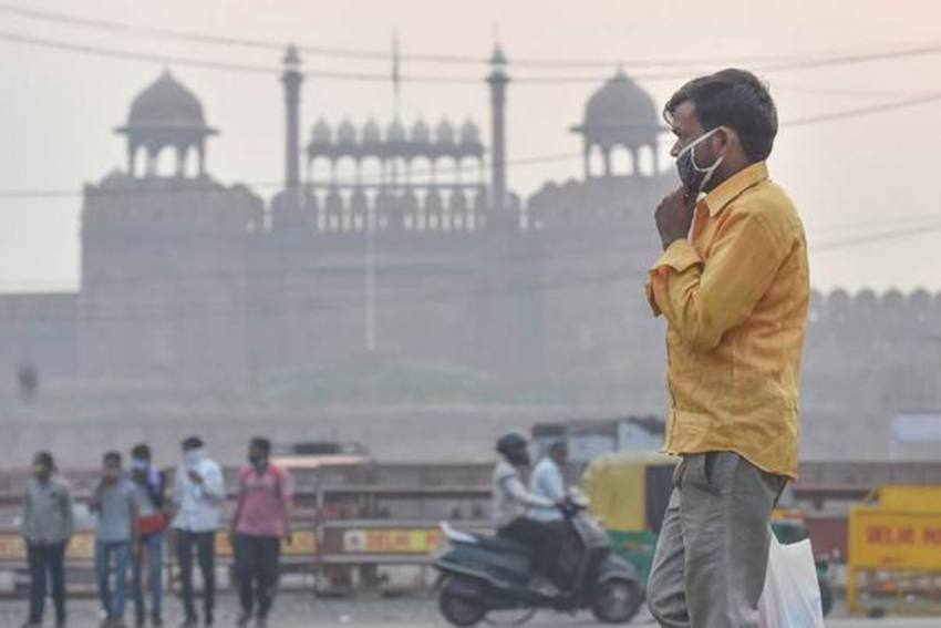 Delhi's Air Quality Remains In The 'Very Poor' Category