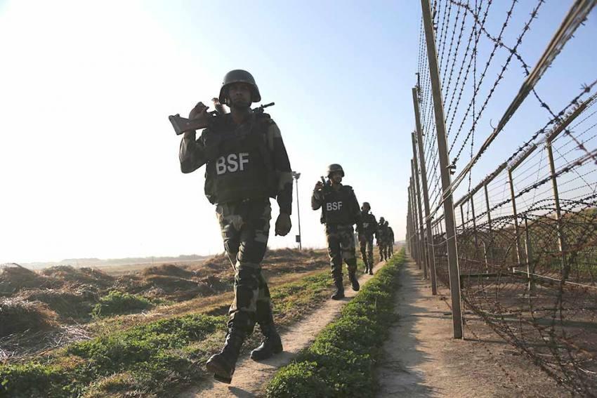 Pakistani Citizen Nabbed By BSF Near Border In Punjab