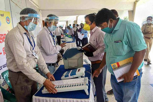 Congress Tells Its Leaders To Man Strongrooms For EVMs Protection