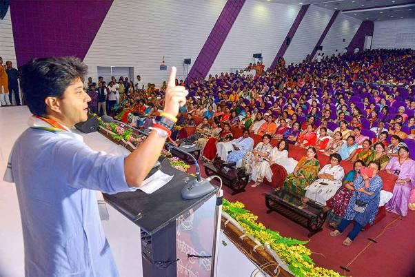 Counting Begins For MP Bypolls. Will Jyotiraditya Scindia Factor Work For BJP?