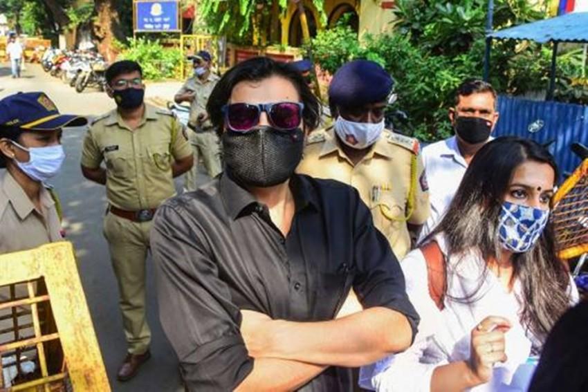 Arnab Goswami Released From Mumbai's Taloja Jail Following Supreme Court Order