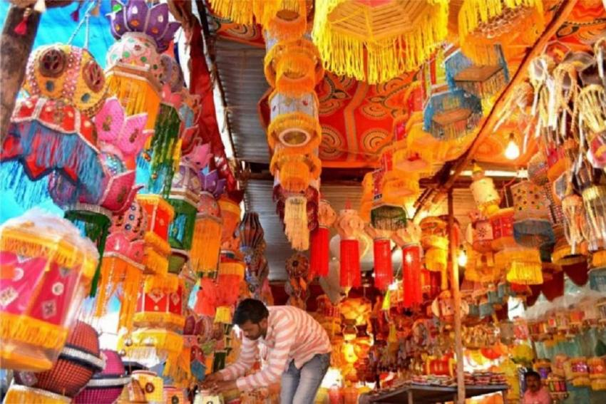 India Chimes For Local Artists, Shops This Diwali