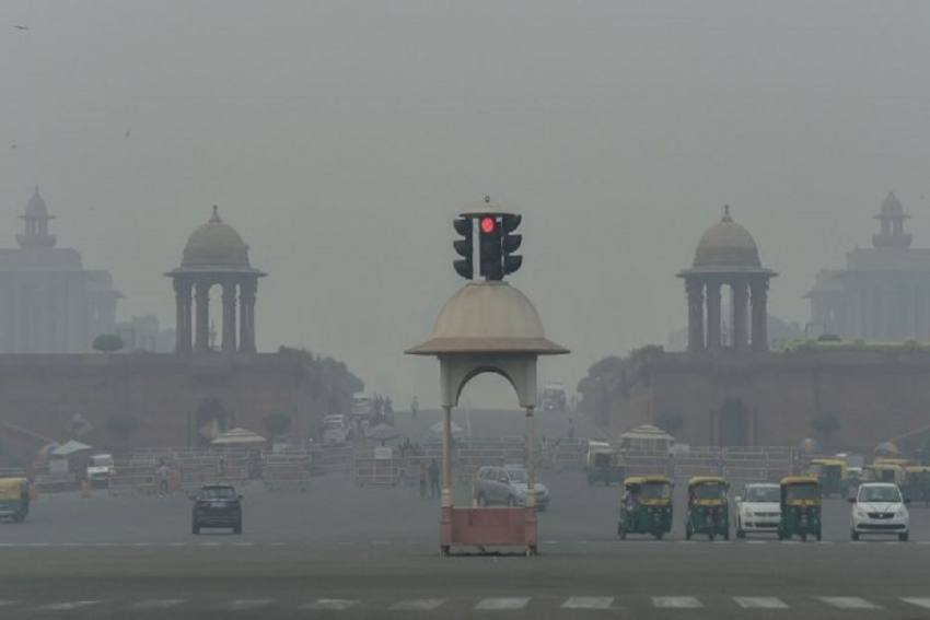 Delhi Air Quality Slips Back To 'Very Poor' From 'Severe' Category