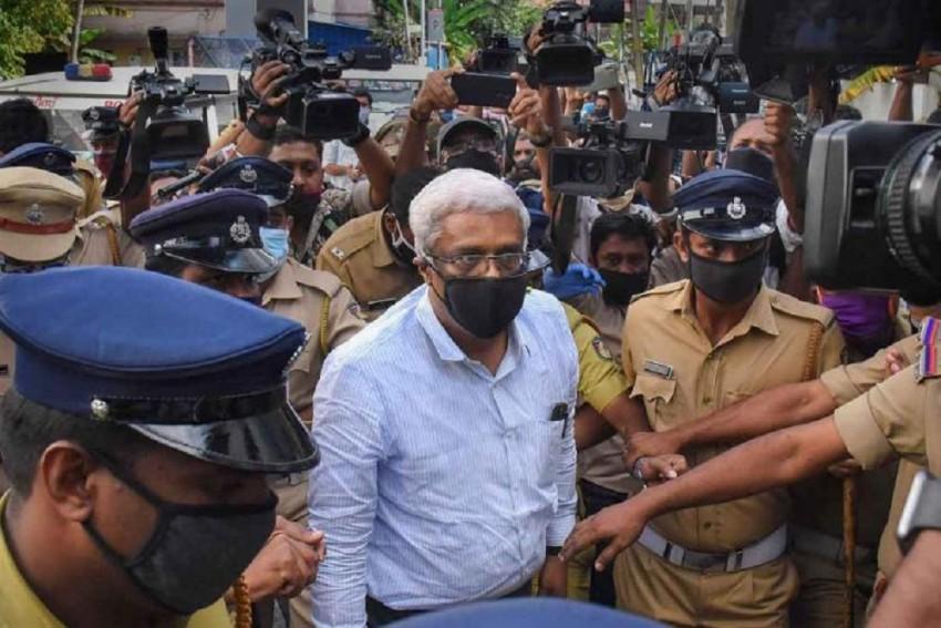 ED Case: Suspended Kerala IAS Officer Sivasankar Sent To Judicial Remand Till Nov 26