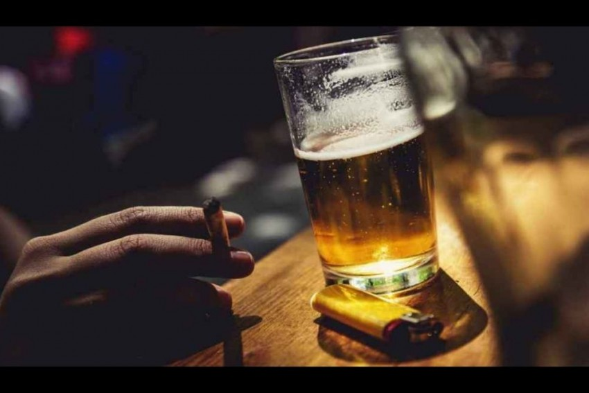 Five Die After Consuming Excessive Liquor In Rajasthan