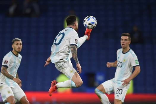 World Cup Qualifying: Argentina Match To Go Ahead In Peru