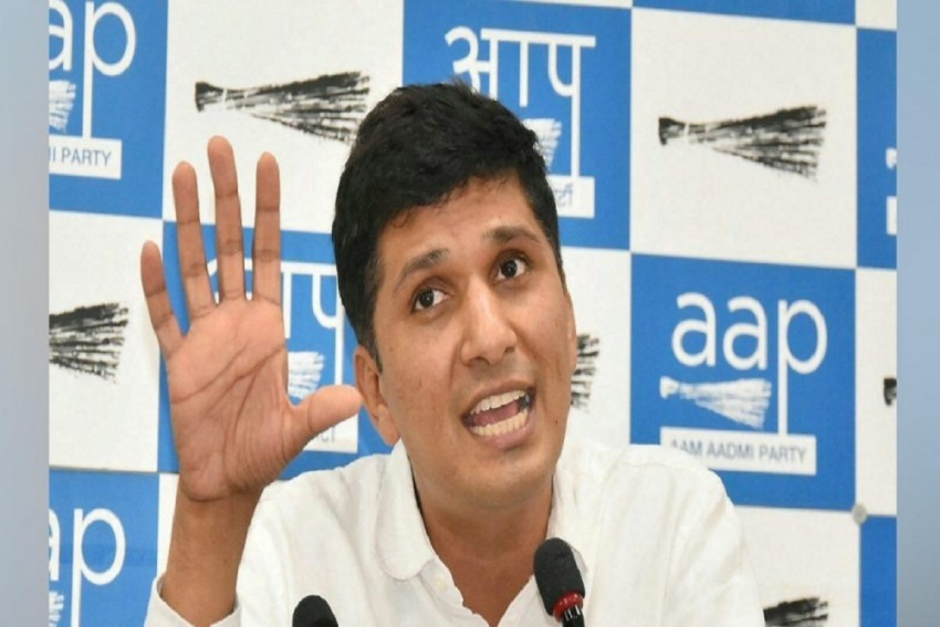 Centre Yet To Provide 250 ICU Beds Facility For People In Delhi: AAP