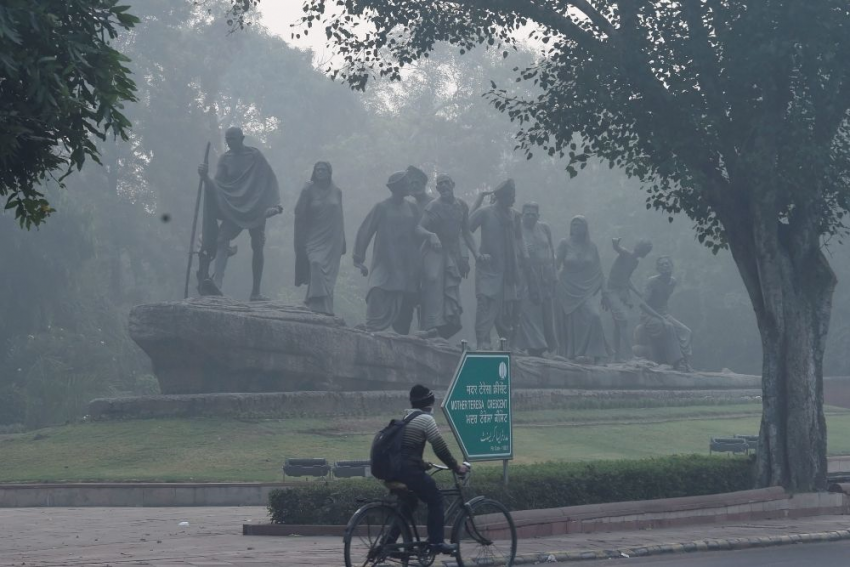 Delhi's Air Quality Poor, May Deteriorate As Temperature Dips