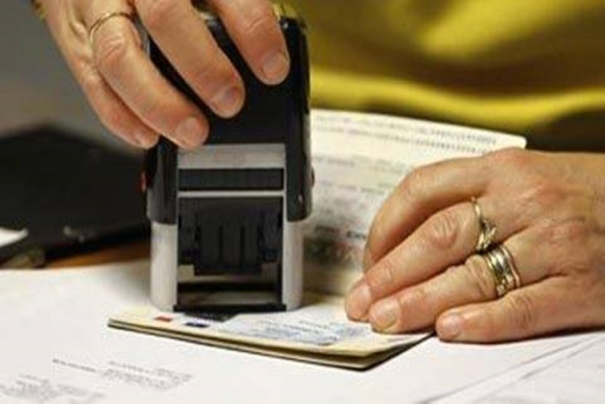 UAE Suspends Issuance Of Visit Visas To Pakistan, 11 Other Countries