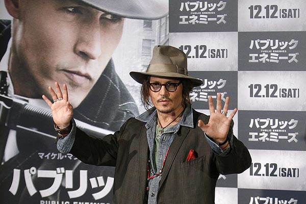 Johnny Depp A 'Wife-Beater', Rules Court