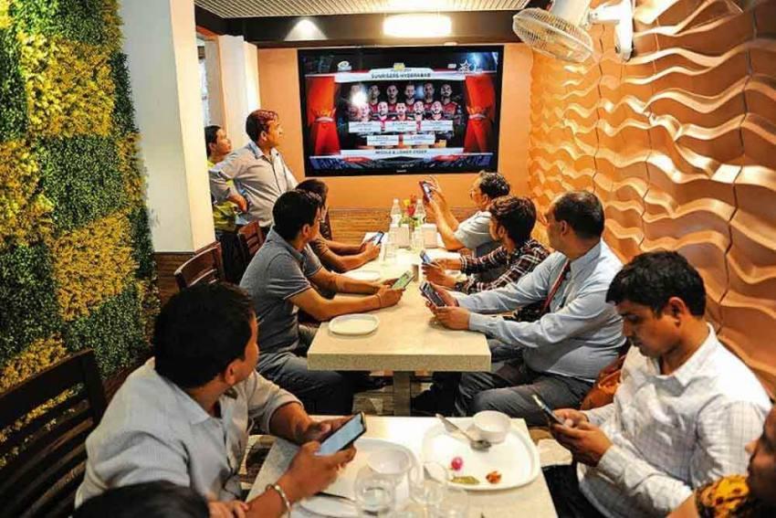 Cricket Superstars Sourav Ganguly, Virat Kohli Promoting 'Evil', Tamil Nadu Bans Online Gaming