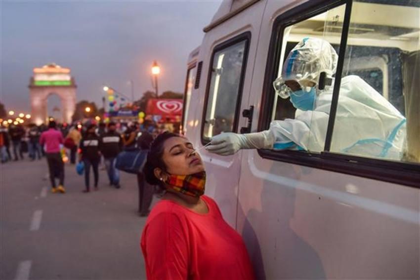 UP To Test Every Traveller From Delhi For Coronavirus
