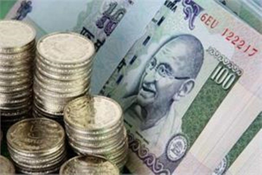 Rupee Rises By 10 Paise To 3-Week High On Tuesday