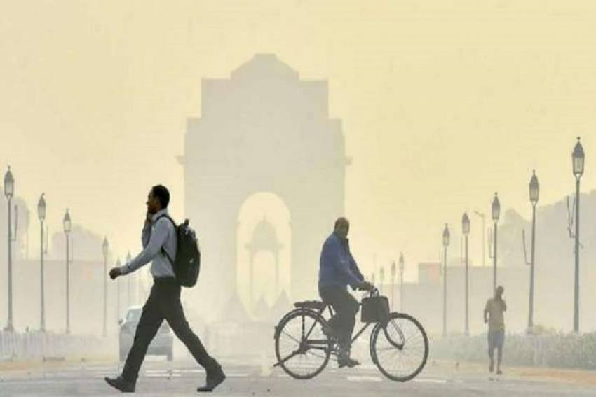 Air Quality In Delhi Slips Back To 'Severe' Category